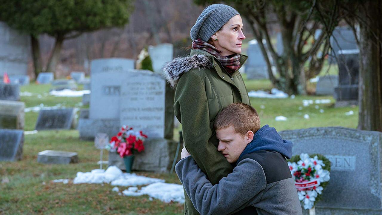 【影評】《班恩回家》:逢年過節,但班恩與他媽的闔家團圓竟如此煎熬首圖