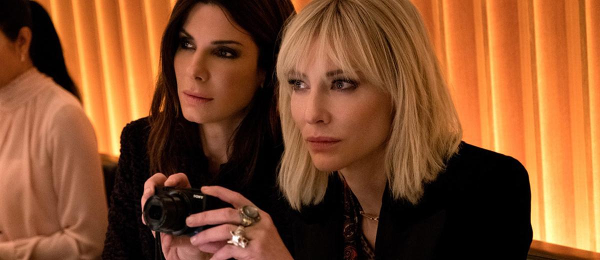 《 瞞天過海 : 八面玲瓏 》電影中, 珊卓布拉克 凱特布蘭琪 兩位女星在受訪時表達對 影評 帶風向 的看法。