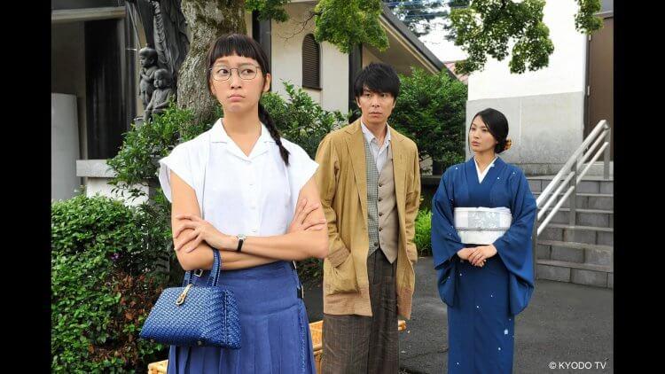 日劇《約會~戀愛究竟是什麼~》中杏與長谷川博己飾演的兩位主角也曾以「月色真美」互訴情意。
