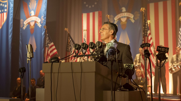 薇諾娜瑞德&約翰特托羅領銜主演影集《美國外史》即日起 HBO HD 頻道與美獨家同步首播首圖
