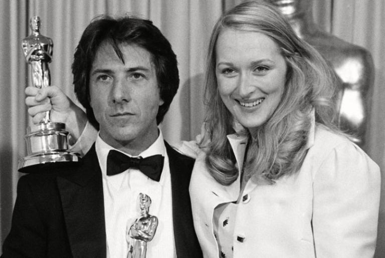 1979 年羅伯班頓導演作品《克拉瑪對克拉瑪》,主演的達斯汀霍夫曼與梅莉史翠普都因此抱得小金人歸。