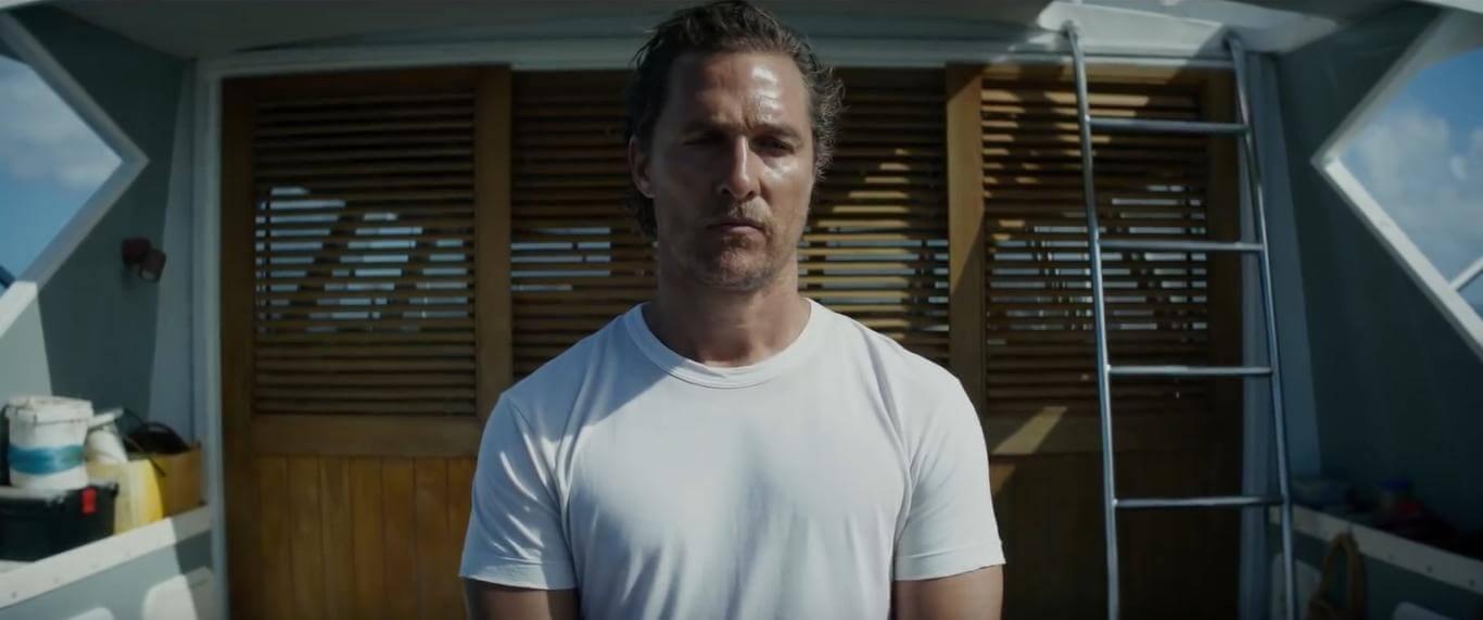 馬修麥康納 於《 驚濤佈局 》中,飾演低調藏身在加勒比海無名小島上的漁船船長。