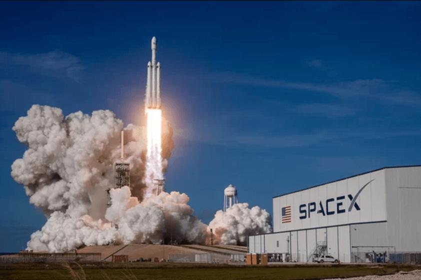 若《不可能的任務》系列前進宇宙,那勢必也將需要 NASA/SpaceX 等單位的協助。
