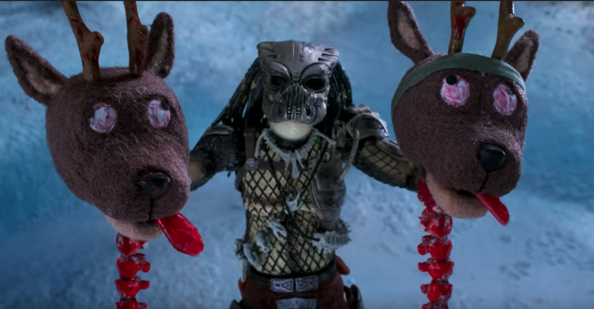 終極戰士這次要獵殺的是聖誕老人和他的小夥伴們?!首圖