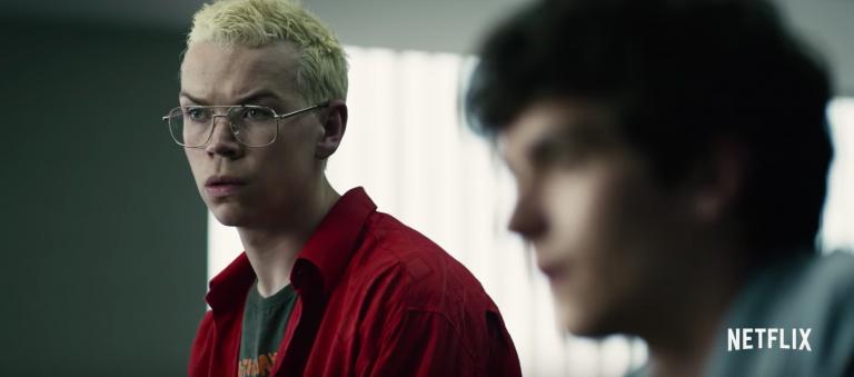 Netflix 影集《黑鏡》特別篇《黑鏡:潘達斯奈基》中讓觀眾能隨時「遙控」劇情發展。