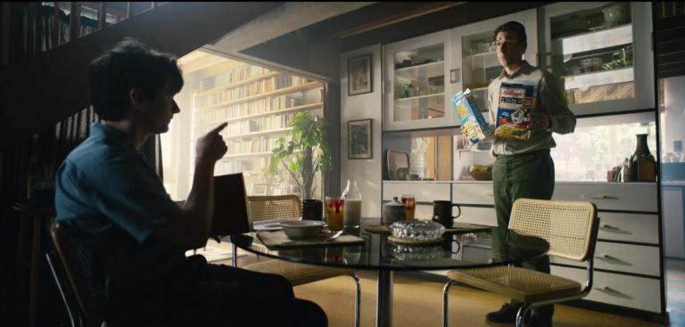 《黑鏡:潘達斯奈基》選擇早餐場景