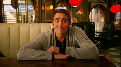 李培斯曾在 2007 年起製播的《生死一點靈》中飾演一位擁有神祕力量的派餅師父。