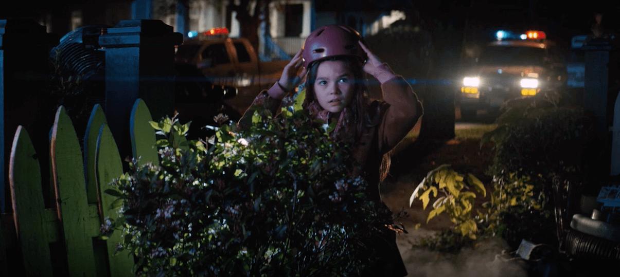《歡迎光臨奇幻城堡》中的小妹妹 Moone=布魯克琳普林斯,在 AppleTV+ 的《Home Before Dark》影集中,將找出鎮上包含自己的父親所隱藏的真相。