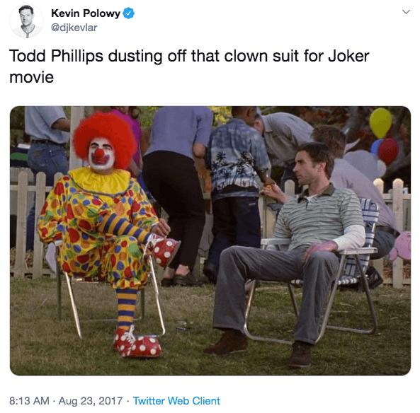 有人在推特上調侃陶德菲利普斯會將他《重返校園》的小丑服裝拿到《小丑》電影來用。