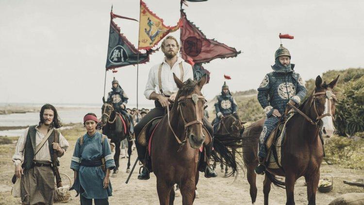 被遺落的一族,從服裝一窺《斯卡羅》的人物秘密:清軍的服裝。