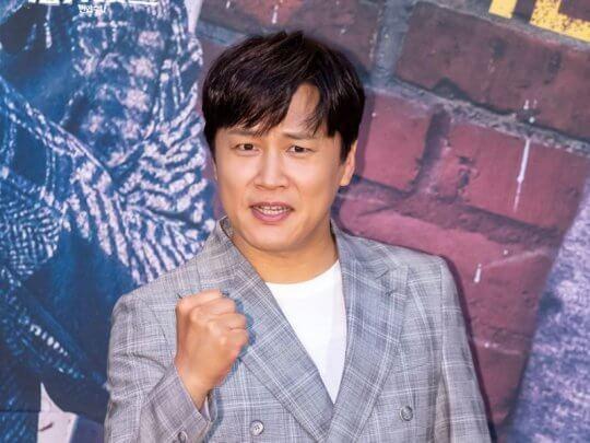 車太鉉和趙寅成為至親好友,同樣也收到《Moving》劇組的演出邀約