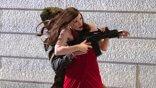 《姊妹》導演新作《追殺艾娃》改造潔西卡雀絲坦成超強殺手!8 月 5 日起搶先全球上映