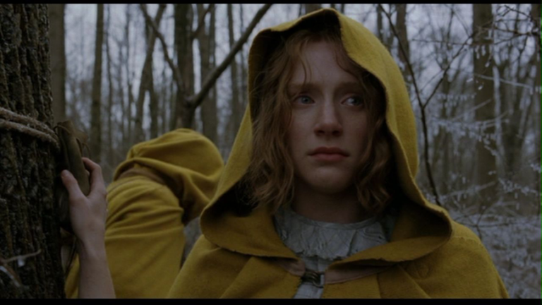 奈沙馬蘭 2004 年作品《陰森林》,瓦昆菲尼克斯也參演其中。