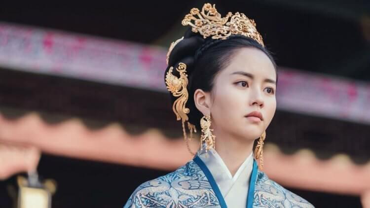 金所炫《月升之江》首播開紅盤,IG曬古裝劇照卻意外引發中國網友轟「抄襲」!首圖