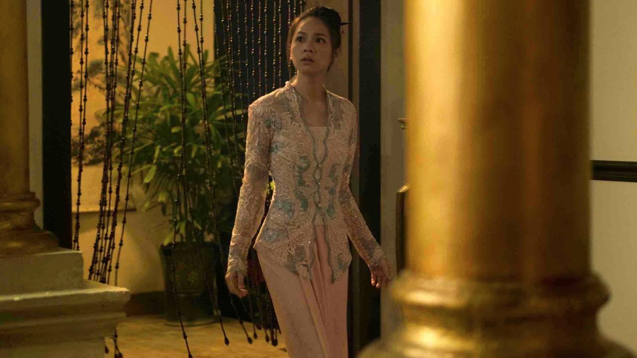 金鐘視后黄姵嘉在 Netflix 華語影集《彼岸之嫁》大玩穿越情節?