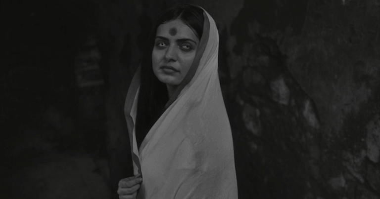 印度出品的黑白片《恐怖皇宮》(Palace of Horrors)。