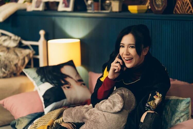 Netflix 原創華語影集《極道千金》(Triad Princess) 中,劉奕兒飾演個性活潑鮮明的黑道千金,也是個瘋狂迷妹。
