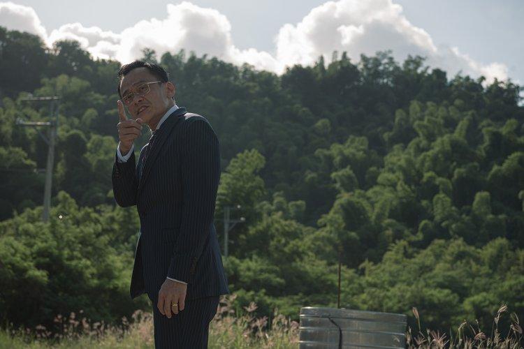 陳以文在電影《複身犯》飾演愛錢如命的土地仲介