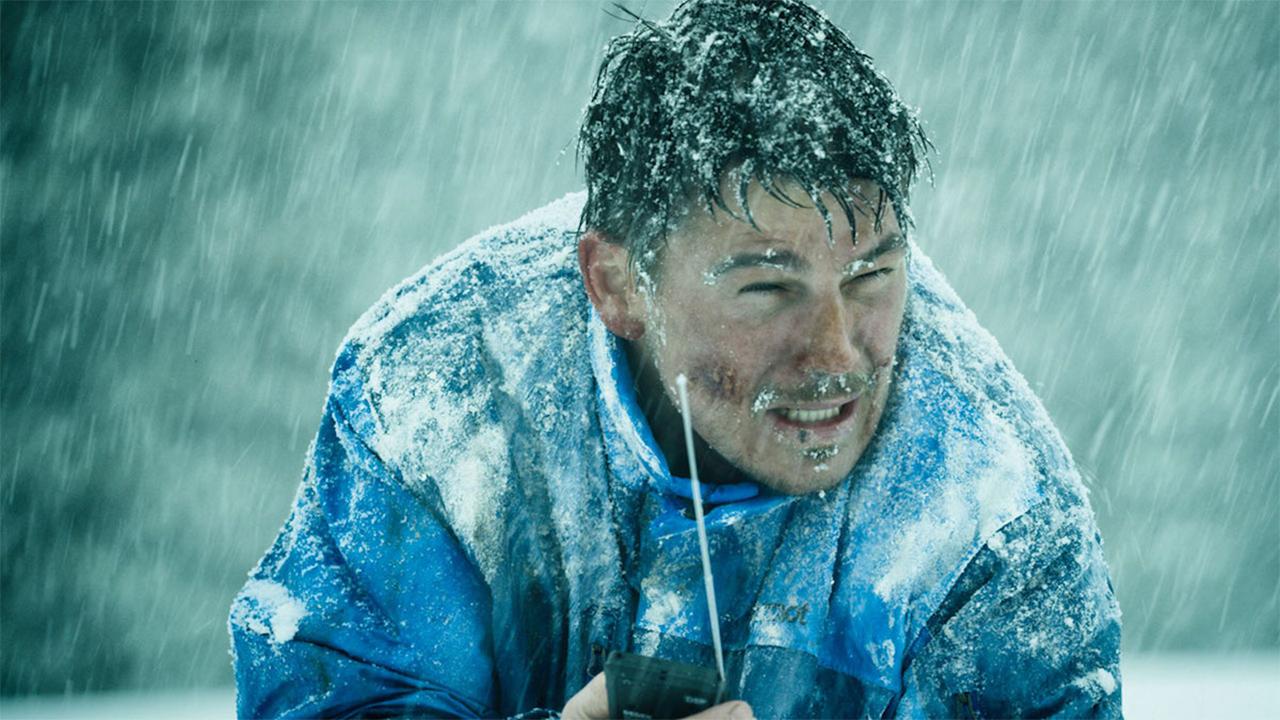 真實故事動人改編《我要活下去》前奧運選手受困雪山,戒毒8天,見證求生奇蹟首圖