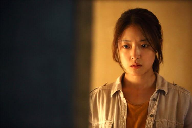 韓國恐怖電影《靈異 405 號房》劇照。