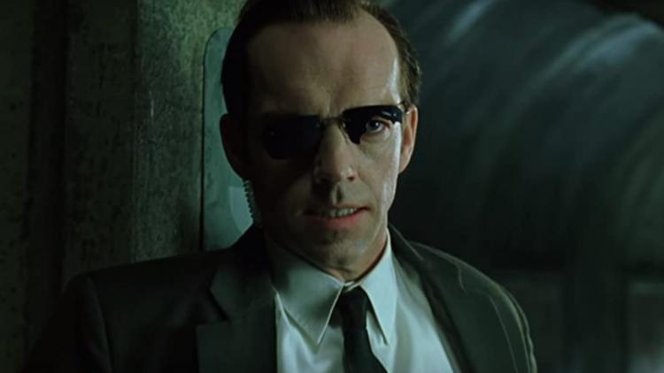 塵埃將落定卻突然變調?飾演「史密斯」探員的雨果威明解釋為何自己最終沒辦法回歸《駭客任務4》首圖