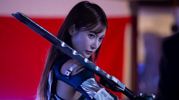 明日花綺羅《鋼鐵女孩:最後戰役》再披戰袍!結合情慾、英雄動作與科幻的系列電影最終章 9/18 起在台上映首圖