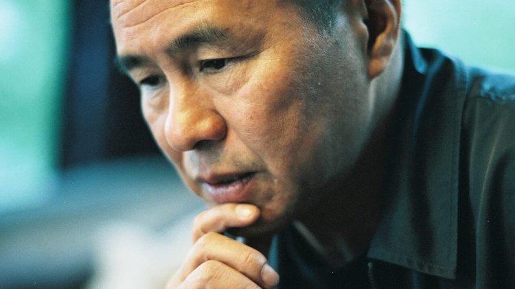 美國重量級媒體《紐約時報》大幅刊登侯孝賢專文,稱為台灣最偉大的電影人首圖