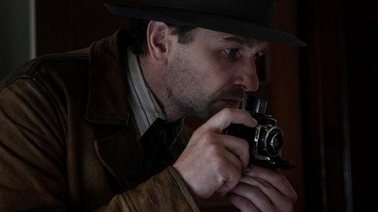 小勞勃道尼監製!HBO 原創影集《新梅森探案》6/22 於 HBO 頻道首播,傳奇律師大顯身手!首圖