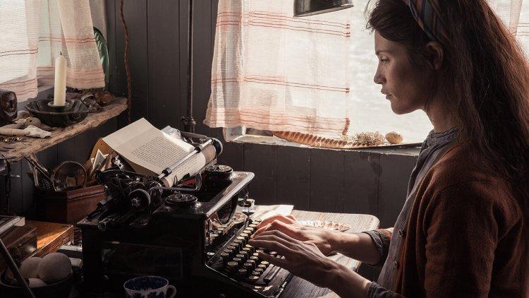 才女導演潔西卡史瓦首部自編自導劇情長片《戀夏時光》繼《天才的禮物》《奇蹟男孩》後又一勵志暖心電影首圖