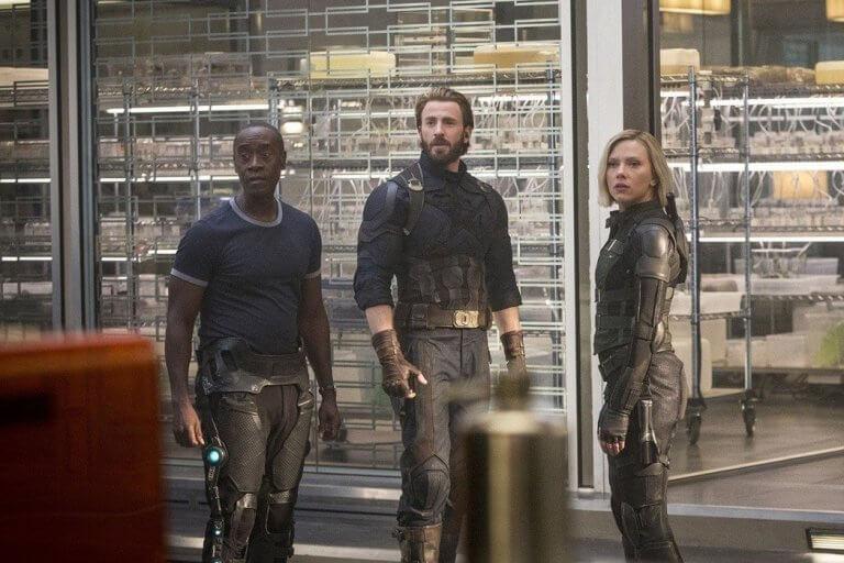 漫威超級英雄電影《驚奇隊長》片尾片段,卡蘿丹佛斯出現在《復仇者聯盟:無限之戰》之後的時間點,與現存英雄們會合。