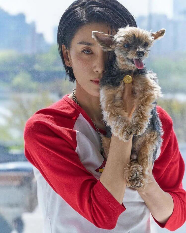 金瑞亨與陪伴了她十年的愛犬「小小」