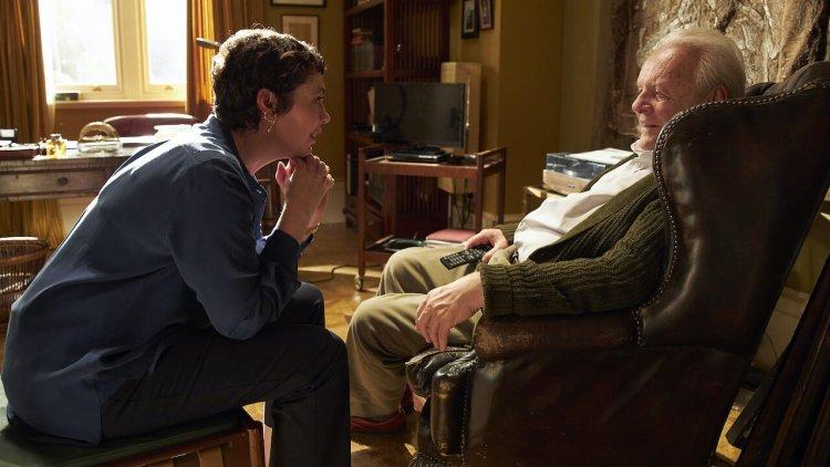 安東尼霍普金斯「失智」演《父親》,奧莉薇雅柯爾曼卸下王冠做平凡女兒陪伴,這是你我都可能遇到的照護議題首圖