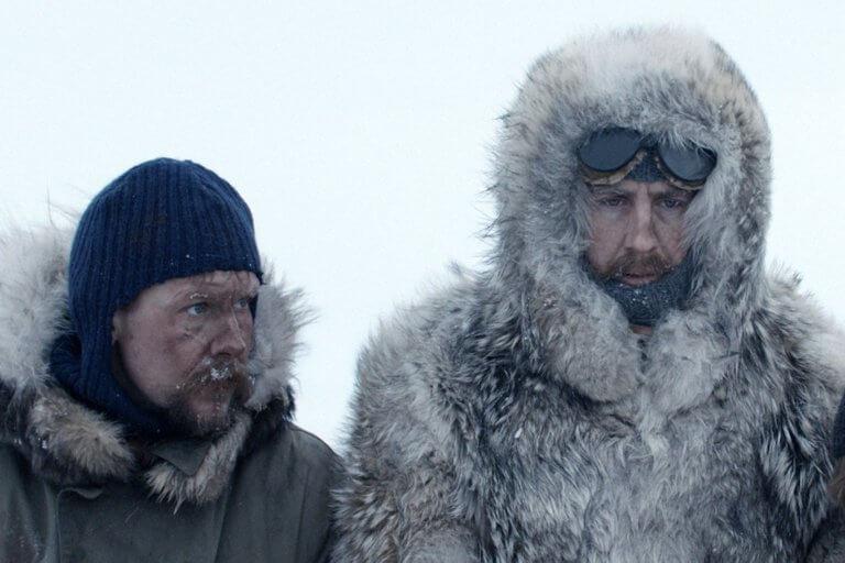 真人實事改編電影《極地先鋒》由帕爾斯維爾哈根(右)飾演備受爭議的探險家阿蒙森。