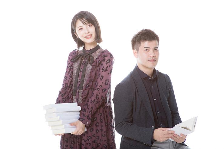 《屍人莊殺人事件》電影女主角濱邊美波,以及原著小說作者今村昌弘。