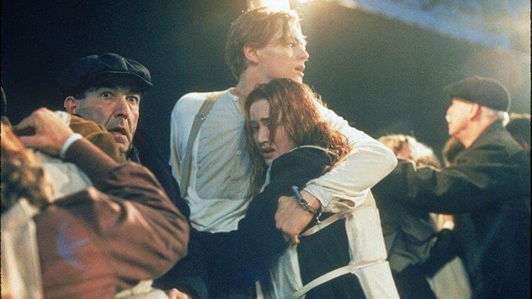 《鐵達尼號》李奧納多狄卡皮歐與凱特溫斯蕾。