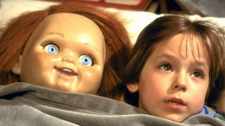 【專題】那些恐怖電影教我們的事:購買來路不明商品,會讓你的小孩被殺人娃娃纏上!首圖