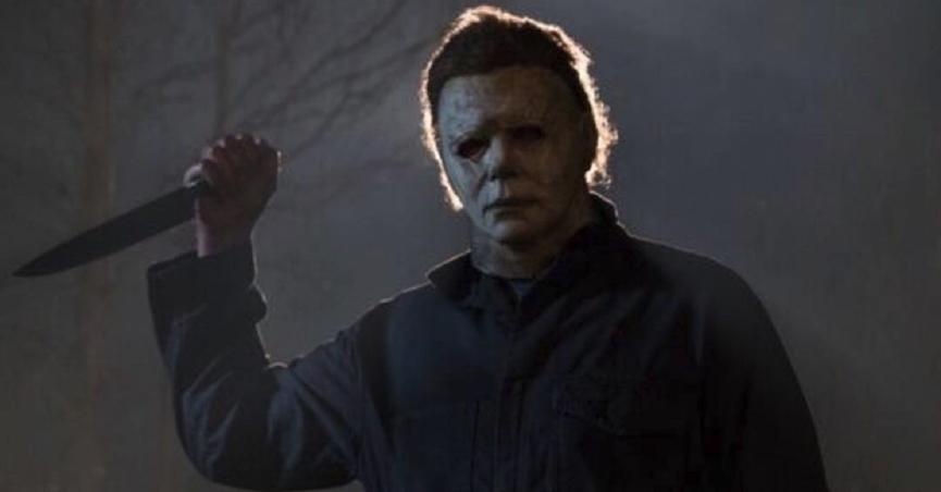 經典面具殺人魔在《月光光新慌慌》重現江湖:麥克邁爾斯。