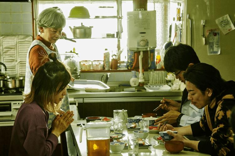白石和彌執導的電影《那一夜》,由田中裕子、佐藤健、鈴木亮平,以及松岡茉優主演。