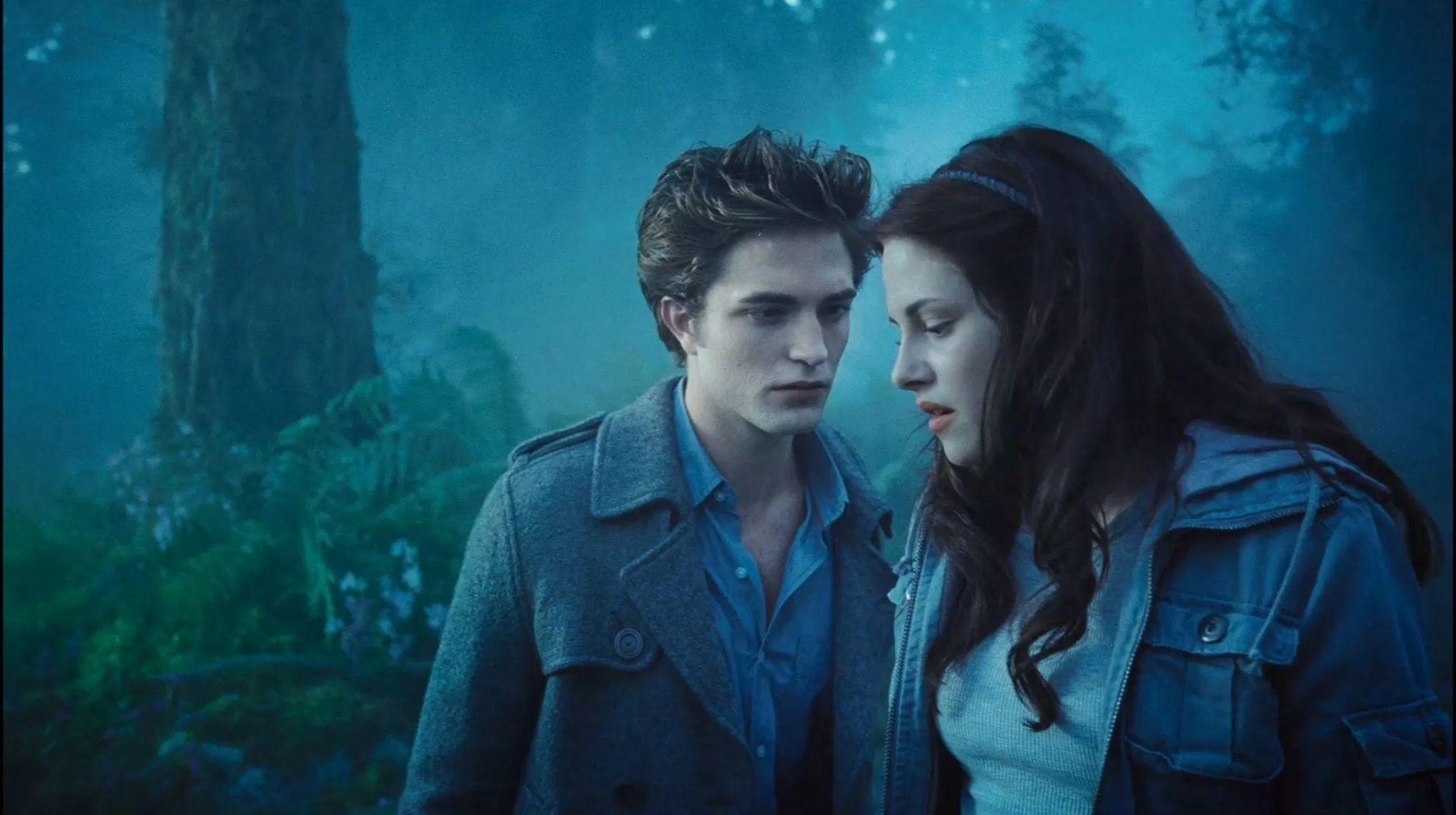 《暮光之城》的愛德華與貝拉。
