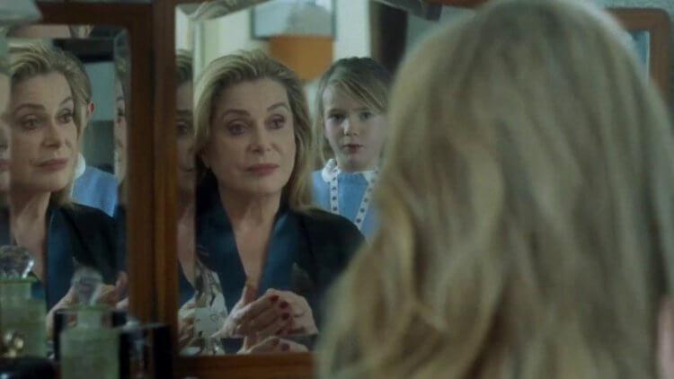 電影《真實》中,由兩大法國影后扮演母女,上演愛恨交織的情感對手戲。
