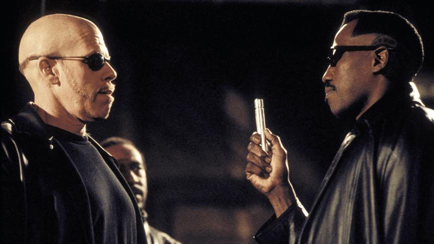 黑人吸血鬼 血腥戰鬥的黑色童話 :《 刀鋒戰士2 》。