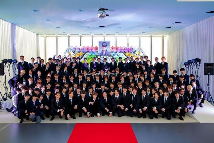 傑尼斯事務所創立人 Johnny 喜多川 2019 年去世。