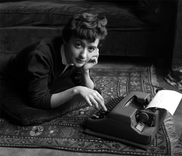 法國作家莎岡。