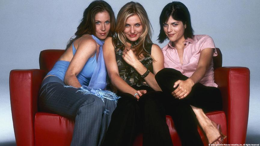 卡麥隆狄亞 《甜姐不辣》,克麗絲汀娜雅柏蓋特(左)、卡麥隆狄亞(中)、與莎瑪布萊兒(右)