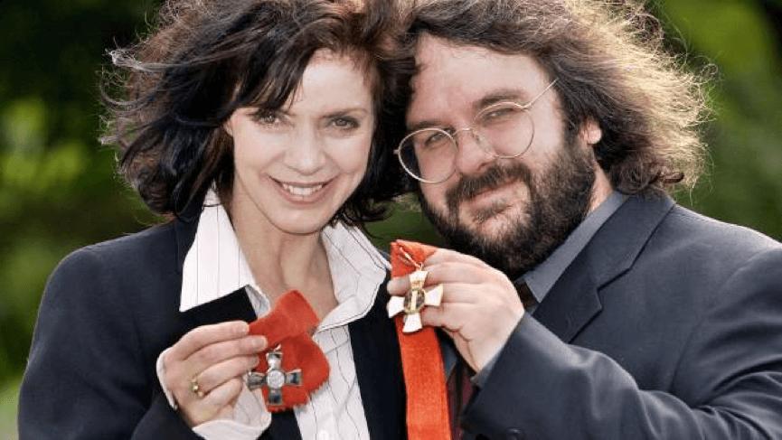 彼得與老婆法蘭是事業夥伴。