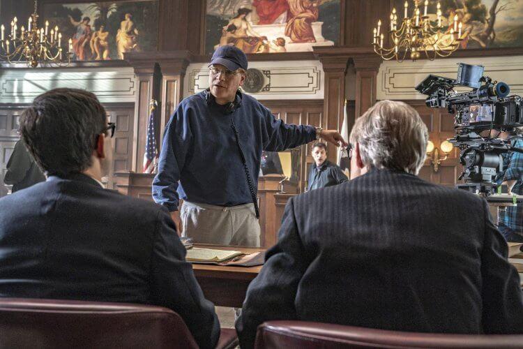 2021 奧斯卡最佳影片入圍電影《芝加哥七人案:驚世審判》艾倫索金。