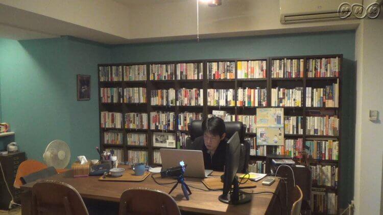 因《Mother》而成名的日本編劇坂元裕二。