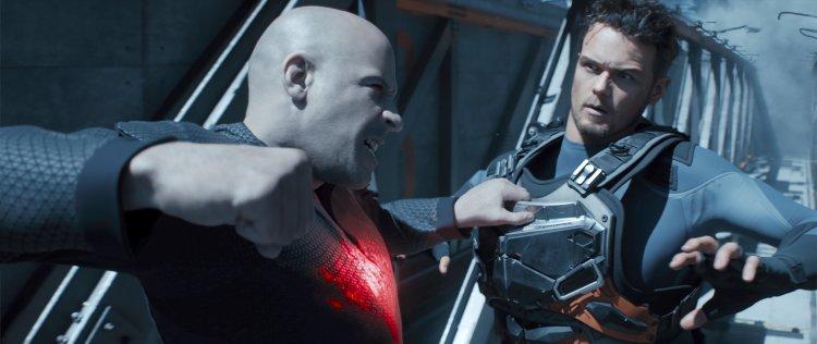 馮迪索主演,勇士漫畫改編超級英雄電影《血衛》(Bloodshot) 監製表示,片中許多特技是演員用高難度完成的。