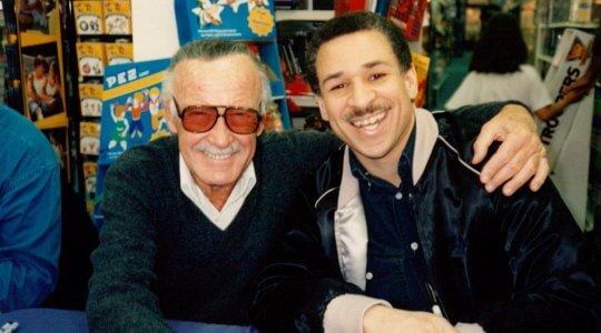 史丹李與 John Semper 合照。