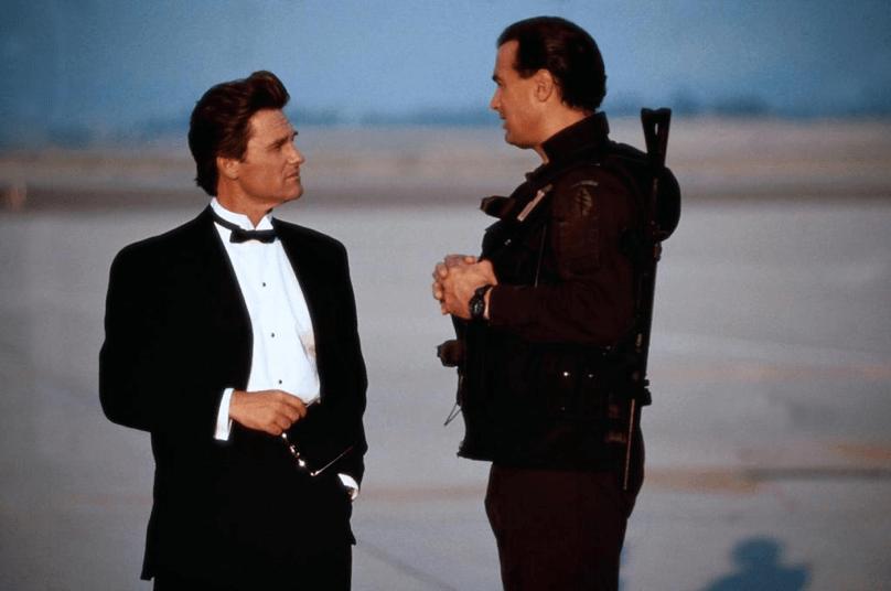 說好的《七四七絕地悍將》寇特羅素與史蒂芬席格拯救劫機事件的發展呢?